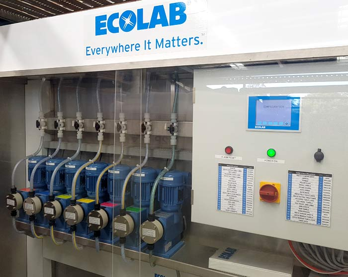 Excellent Laundry Uses Ecolab Green